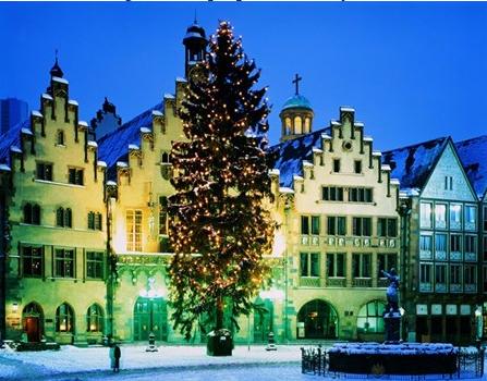 Frankfurt Christmas tree. Photo Wilfried Krecichwost/Stone/Getty Images