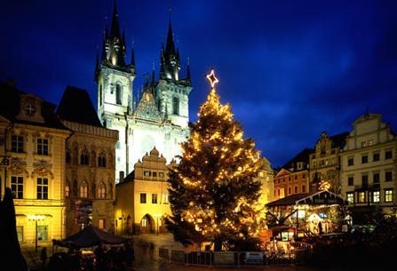 Prague Christmas tree. Photo Schmid Reinhard/SIME-4Corners Images