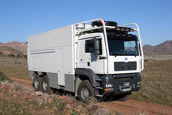 Garbage truck. Photo credit unknown