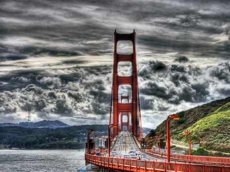 HDR photo of Golden Gate Bridge via Optical Illusion blog