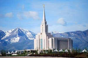 oquirrh-mountain-mormon-temple27-thumb on Art Is Everywhere
