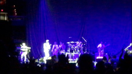 Earth Wind Fire Concert with Chic_Highlights 1 on AIE