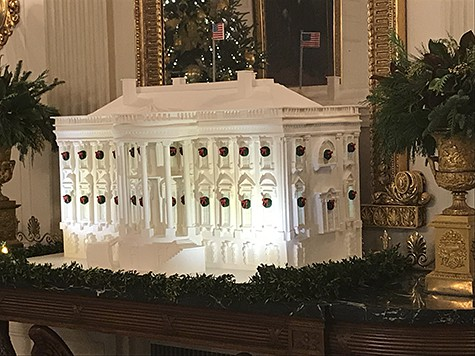The White House Gingerbread House_AIE