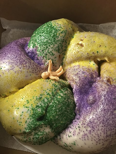 Best Buns King Cake_AIE