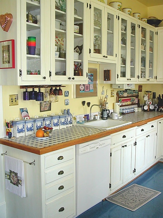 After Glazed Kitchen Cabinets by Ashley Spencer