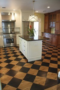 Stained Diamond Floor Pattern Enlarges and Enlivens the Space