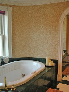 Tub Ragging decorative finish by Ashley Spencer