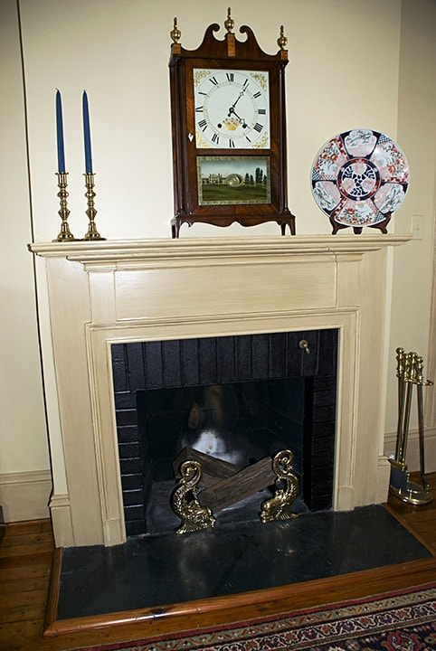 Molding Strie on Mantel painted by Ashley Spencer