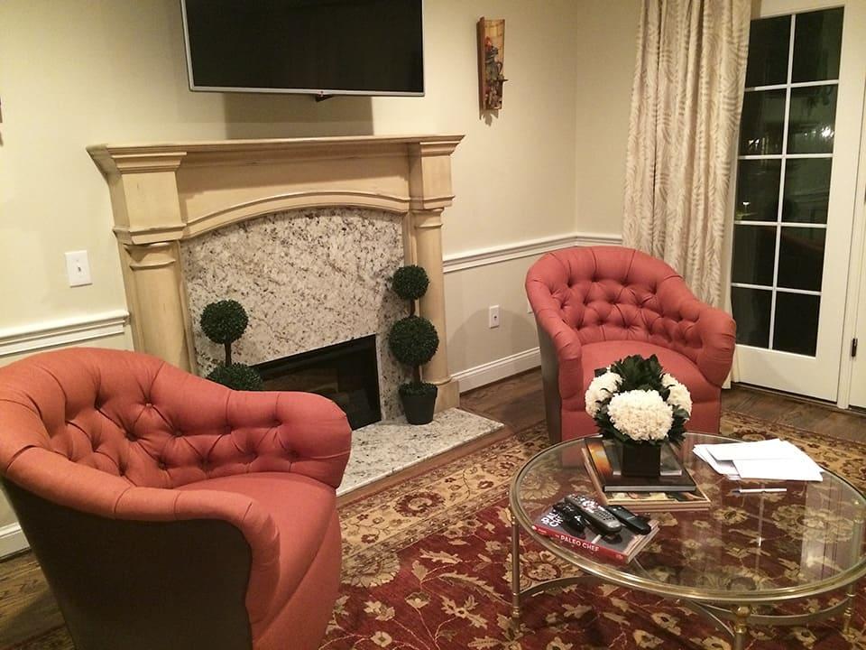 Fireplace Before_via ashley-spencer.com