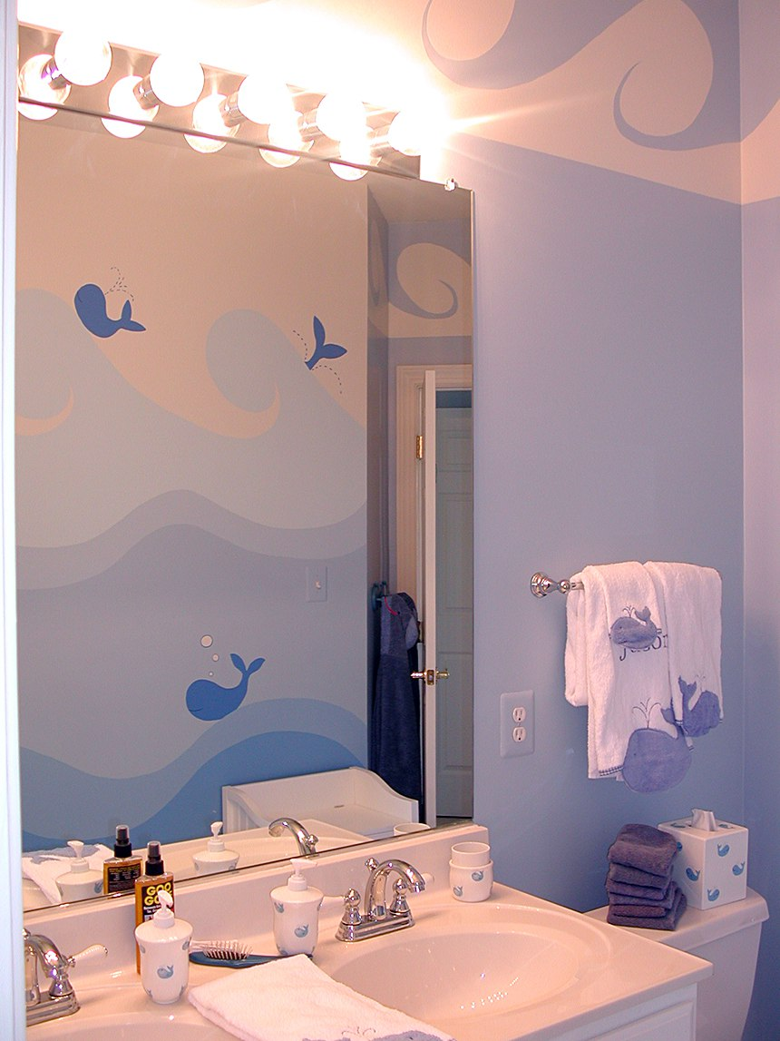 Mirror reflection of Whale Mural painted by Ashley Spencer